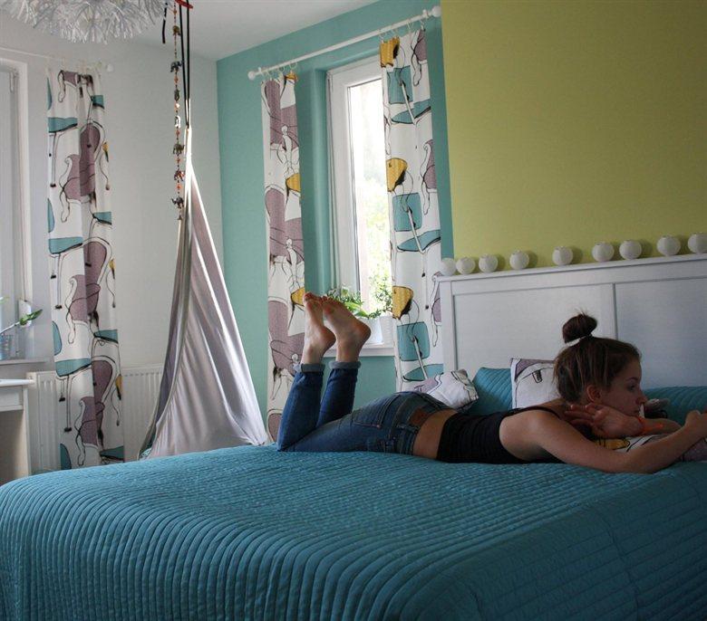 VIPPMÅLLA függöny, KARIT ágytakaró
